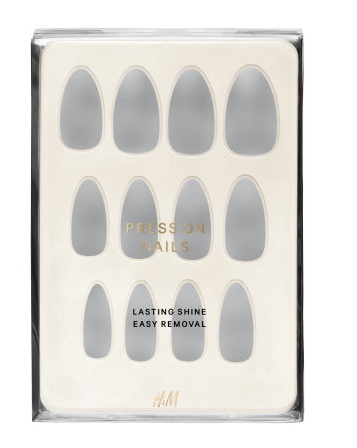 Dove Story H&M Press On Nails