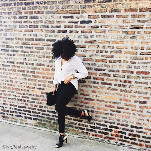 what I wore today simple chic heels on the wall